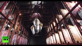 Adventurers sneak into old Cosmodrome hangar to make stunning discovery of space shuttle remains - RUSSIATODAY