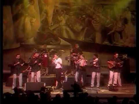 ESTOY ASUSTAO - RAFAEL SANTOS
