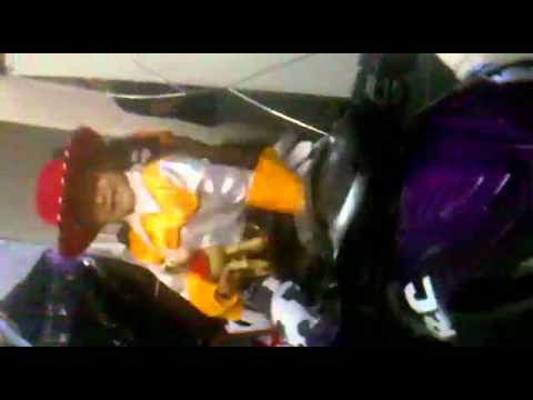 Amanda Azul y Oro Jessie La Vaquerita y los Transformers