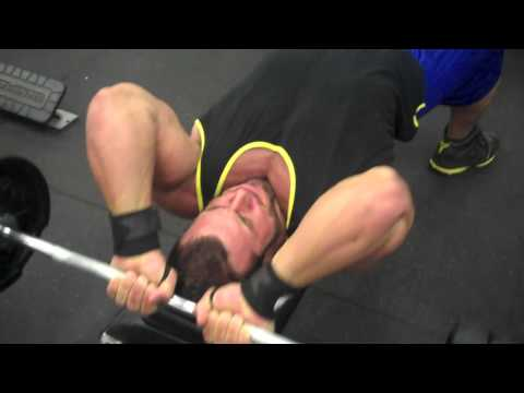 ANTOINE VAILLANT BODYBUILDER - Triceps/Biceps superset!