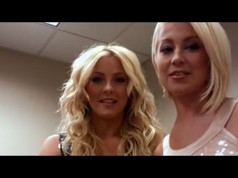 CMA Music Festival Country s Night to Rock Kellie Pickler & Julianne Hough Razz Taylor Swift