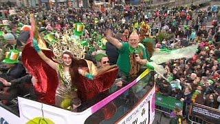 أيرلندا تحتفل بيوم القديس باتريك.. والعالم سيضي بالأخضر
