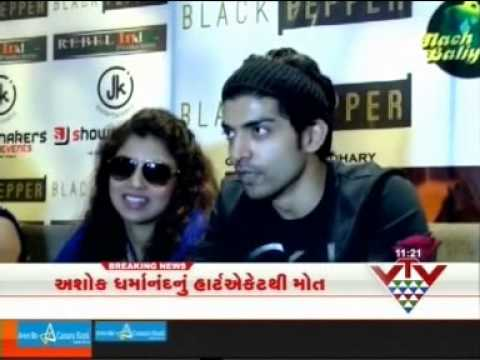 Nach Baliye 6 Fame Debina and Gurmeet in Surat for Vote Apeal