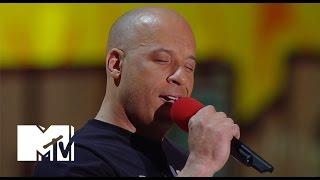 فان ديزل يغني لبول ووكر ويبكي بحفل جوائز «MTV»