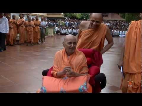 Guruhari Darshan - 16 June 2012 - Ahmedabad, India