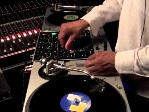 Numark M6 Mixer