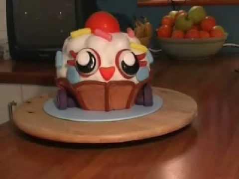 Moshi Monster Cutie Pie Birthday Cake