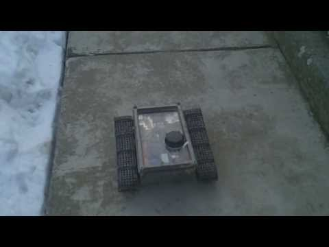 #19 Homemade RC tracked vehicle ( UGV ) - #1 New motor first test in the snow - J.Laci