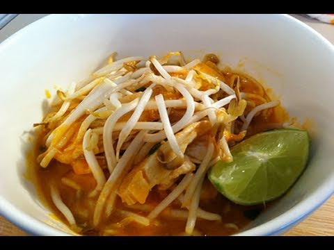CHICKEN LAKSA - VIDEO RECIPE