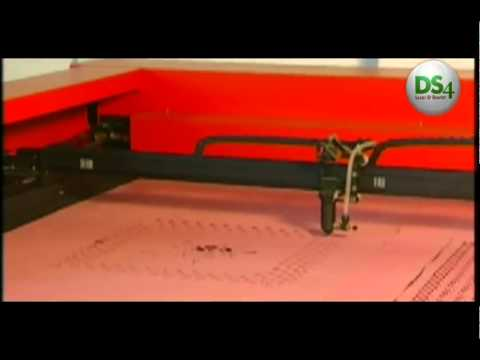 Máquina Laser FLC1813 Cortando Tecido