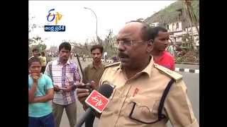 Torn apart by Cyclone Hudhud, Vizag will have to entirely rebuilt, say relief officials - ETV2INDIA