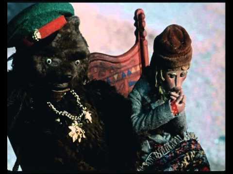 Кадр из мультфильма Генерал Топтыгин