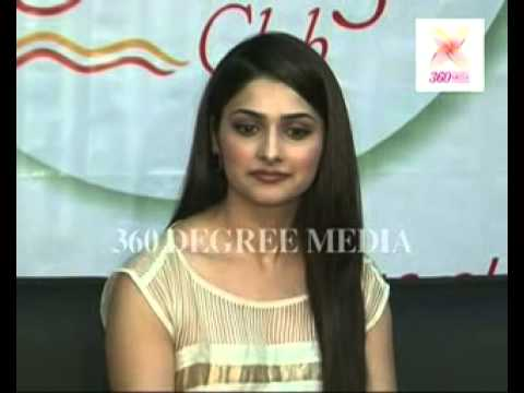 Prachi Desai ('Kasam Se') says Kareena and Hrithik are her favourite performers in Bollywood