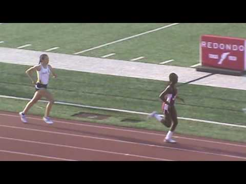 Redondo Invitational: Girls 800 Heat 1 (Audra Coleman)