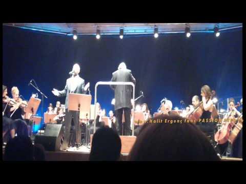 Halit Ergenc....singing ''My way'' 6/2/2015 (3rd mobile video)