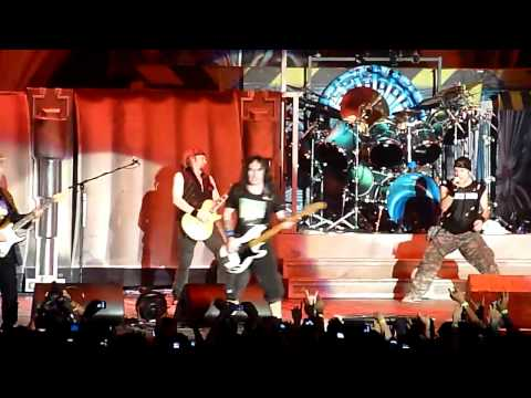 Iron Maiden - The Number of the Beast live in Singapore 2011 HD