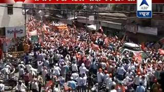 Before nomination, Modi's road show in Varanasi - ABPNEWSTV