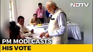 PM Modi Votes In Ahmedabad, BJP Chief Amit Shah Accompanies Him - NDTV