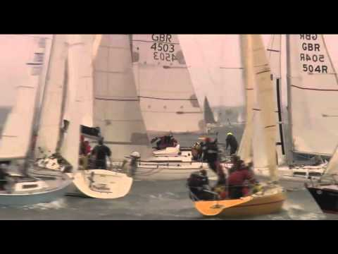 Start footage from the J.P.Morgan Asset Management Round the Island Race 2011