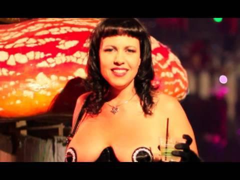 Burning Man  precompression party