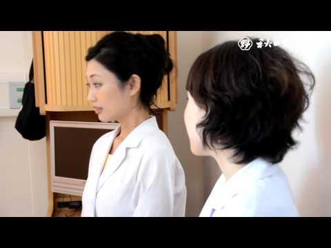壇蜜さんが1日病院長、秋田大医学部付属病院