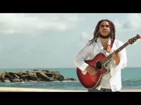 "Stephen Marley Feat. Melanie Fiona ""No Cigarette Smokin"" Video"