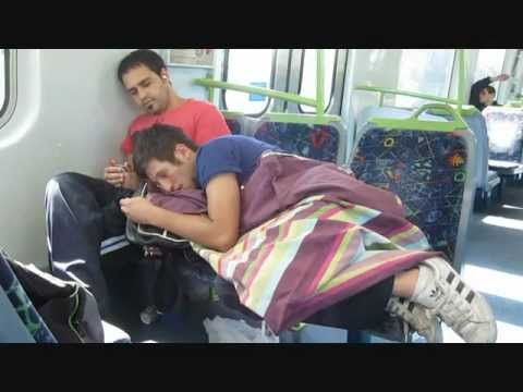 Awkward Train Situations -lokOdvN9DeY