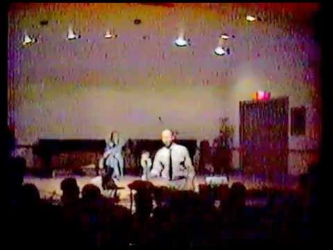 Rev. Howard Finster and The Shaking Ray Levis in Chattanooga, TN (Oct. 14, 1989)