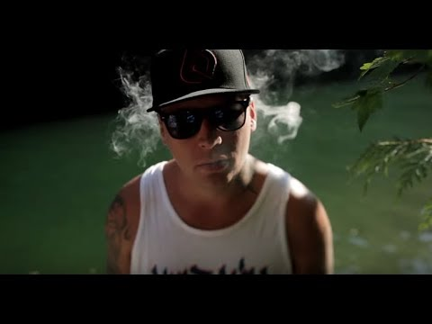 "Snak The Ripper Feat. Jaclyn Gee ""Alive"" Video"