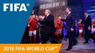 بالصور والفيديو.. روسيا تكشف عن شعار مونديال 2018 | المصري اليوم
