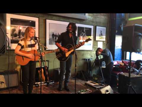 Luluc At Easy Street Records - 7/21/14 -