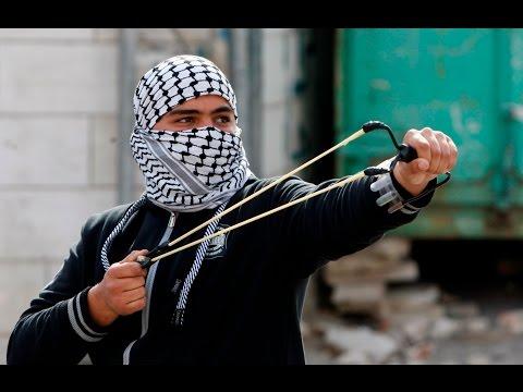 Militares israelíes dispersan una manifestación de palestinos en Cisjordania