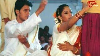 Best Romantic Scenes of Tollywood    #05    Sreya Reddy, Raja Romantic Scene - TELUGUONE