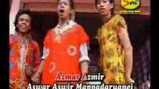lagu bugis (jilbab putih) view on youtube.com tube online.