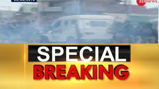 Breaking News: Stone pelters target security forces in J&K's Shopian - ZEENEWS