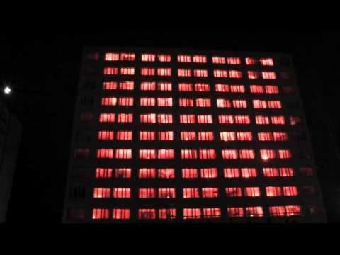 Projekt P.I.W.O czyli pokazy świetlne na budynkach akademików
