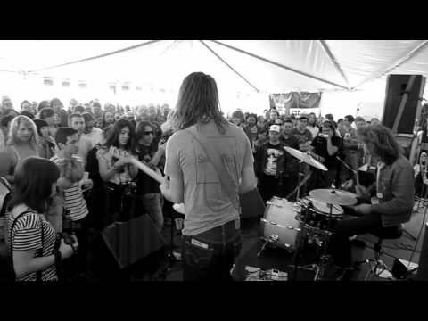 Jeff the Brotherhood live