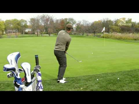 LUKE DONALD:  Mizuno Masterclass 6 / Downhill pitch -mHh_oF1syh8