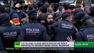 Clashes in Catalonian after holy relics seized by Spanish govt - RUSSIATODAY