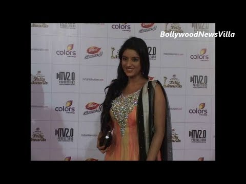 deepika singh aka sandhya looking gorgeous at telly awards.