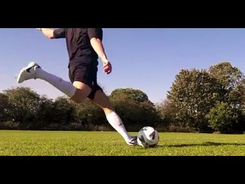 HOW TO SCORE GOALS - Chip lob shot Football  Soccer