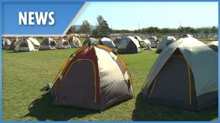 California firefighters sleep in makeshift tent city - THESUNNEWSPAPER