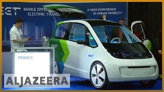 🇺🇸 Self-driving cars showcased at Detroit Auto Show l Al Jazeera English - ALJAZEERAENGLISH