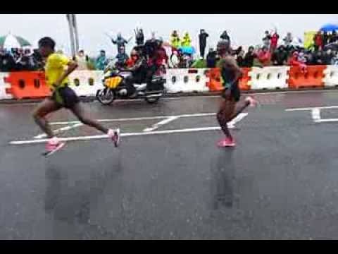 Great North Run 2013 leaders.  Slow motion at 12m.
