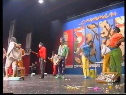 La agrupación Los titis de Cai llega al COAC 1994 en la modalidad de Chirigotas. En años anteriores (1993) concursaron en el Teatro Falla como Con el sudor del de enfrente, consiguiendo una clasificación en el concurso de Primer premio.