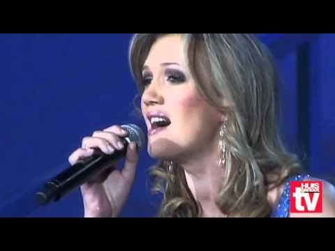 Skouspel 2009: Bobby en Juanita  sing Ons koning kom