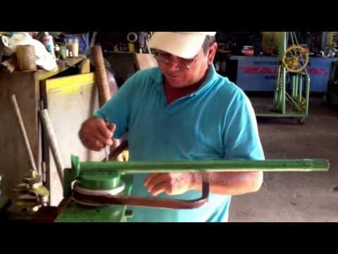 Dobladora artesanal de tubo cuadrado