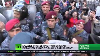 Dozens protesting 'power grab' detained as bid to block parliament - RUSSIATODAY
