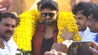 Prati Roju Pandage Movie Team Bus Tour Kakinada | Sai Dharam Tej | Raashi Khanna | TFPC - TFPC
