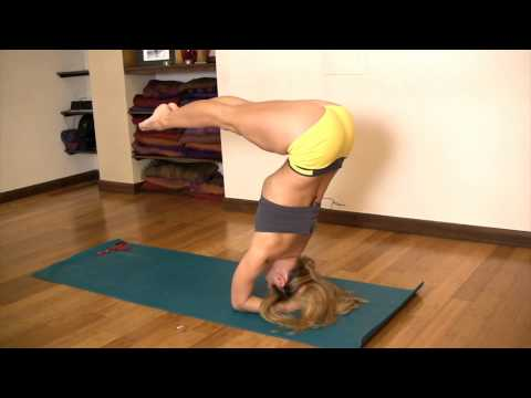 Core Strength in Headstand with Kino MacGregor